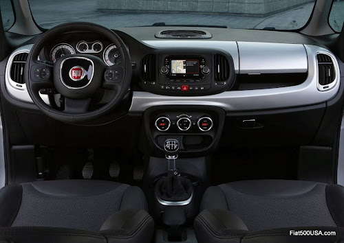 Fiat 500L Beats Edition dashboard