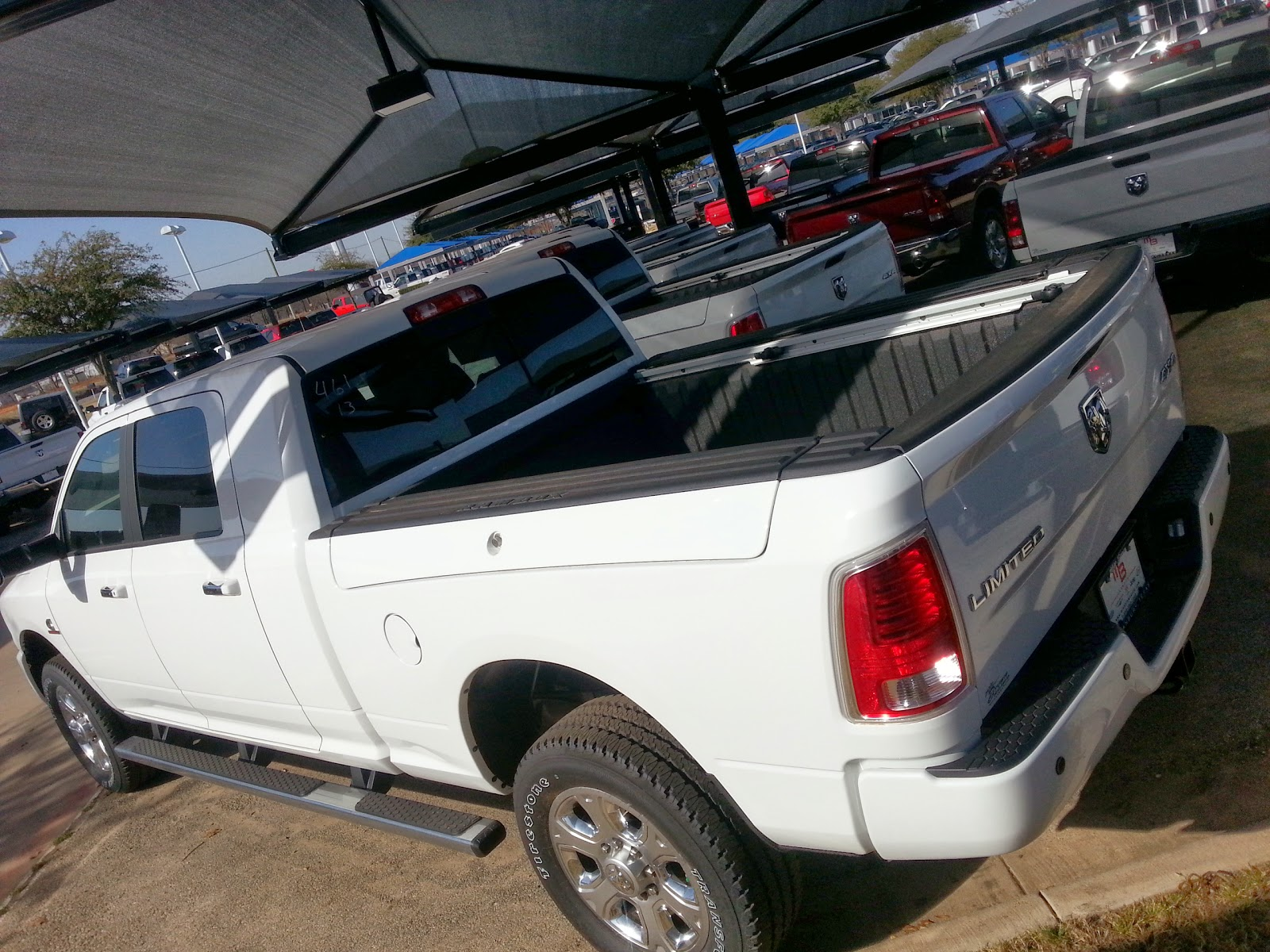 how much does a 2014 ram 3500 weigh autos post. Black Bedroom Furniture Sets. Home Design Ideas