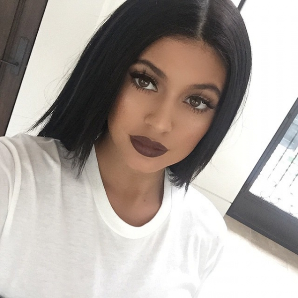 kylie jenner brown lips