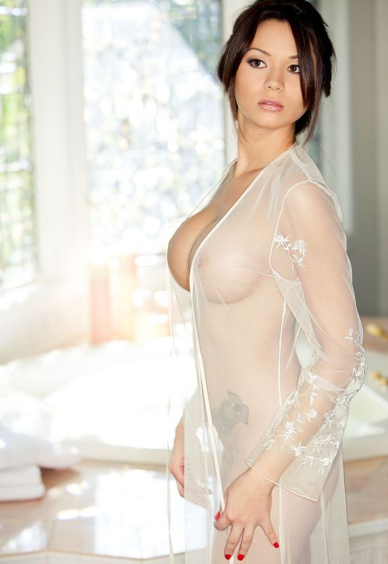 model cantik seksi bugil