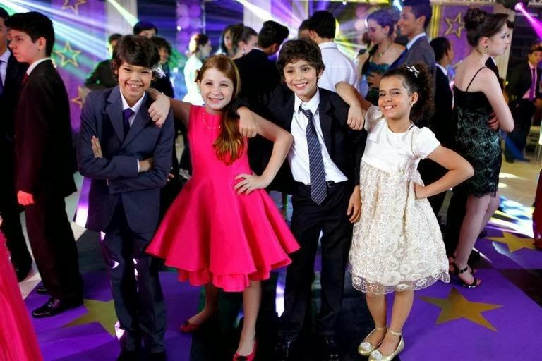 Novela Chiquititas 2014 SBT Tati Binho Ana Tiago no Baile da Escola