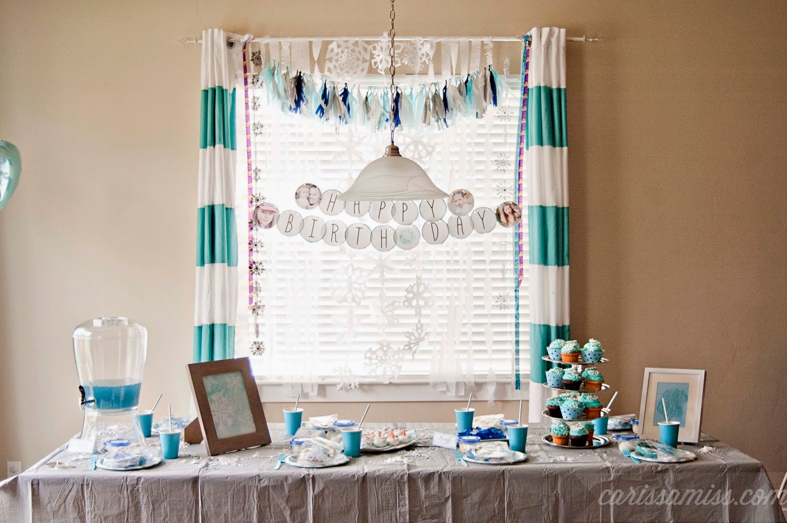 Carissa Miss: Easy FROZEN Party Decor