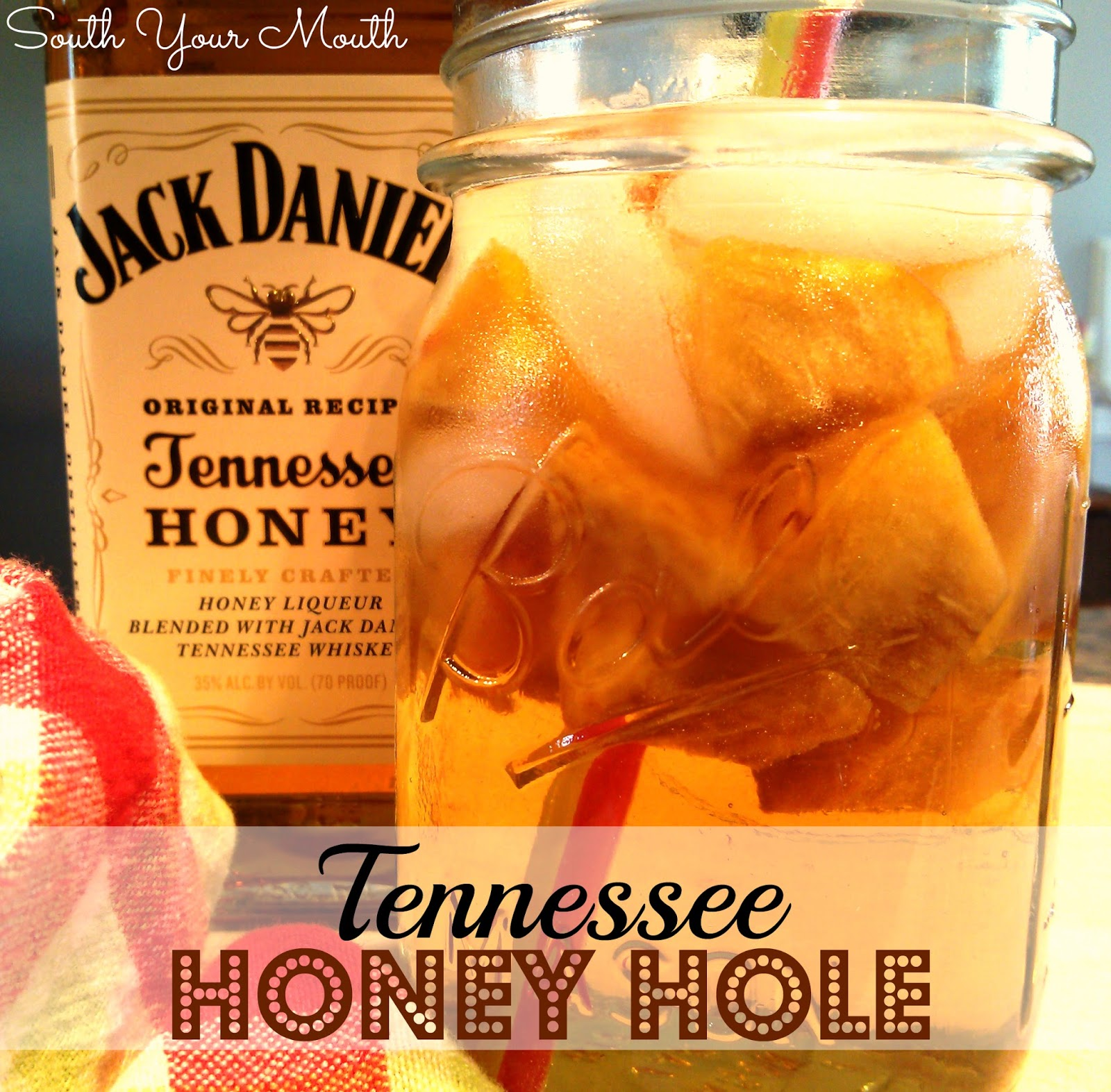Tennessee Honey Hole: Jack Daniels Tennessee Honey, fresh peaches and ginger ale!