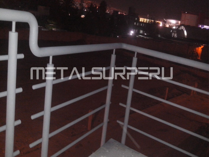 baranda metlica baranda de escalera pasamanos de escaleras modelode rejas diseo de puertas metlicas puertas principales rejas modernas