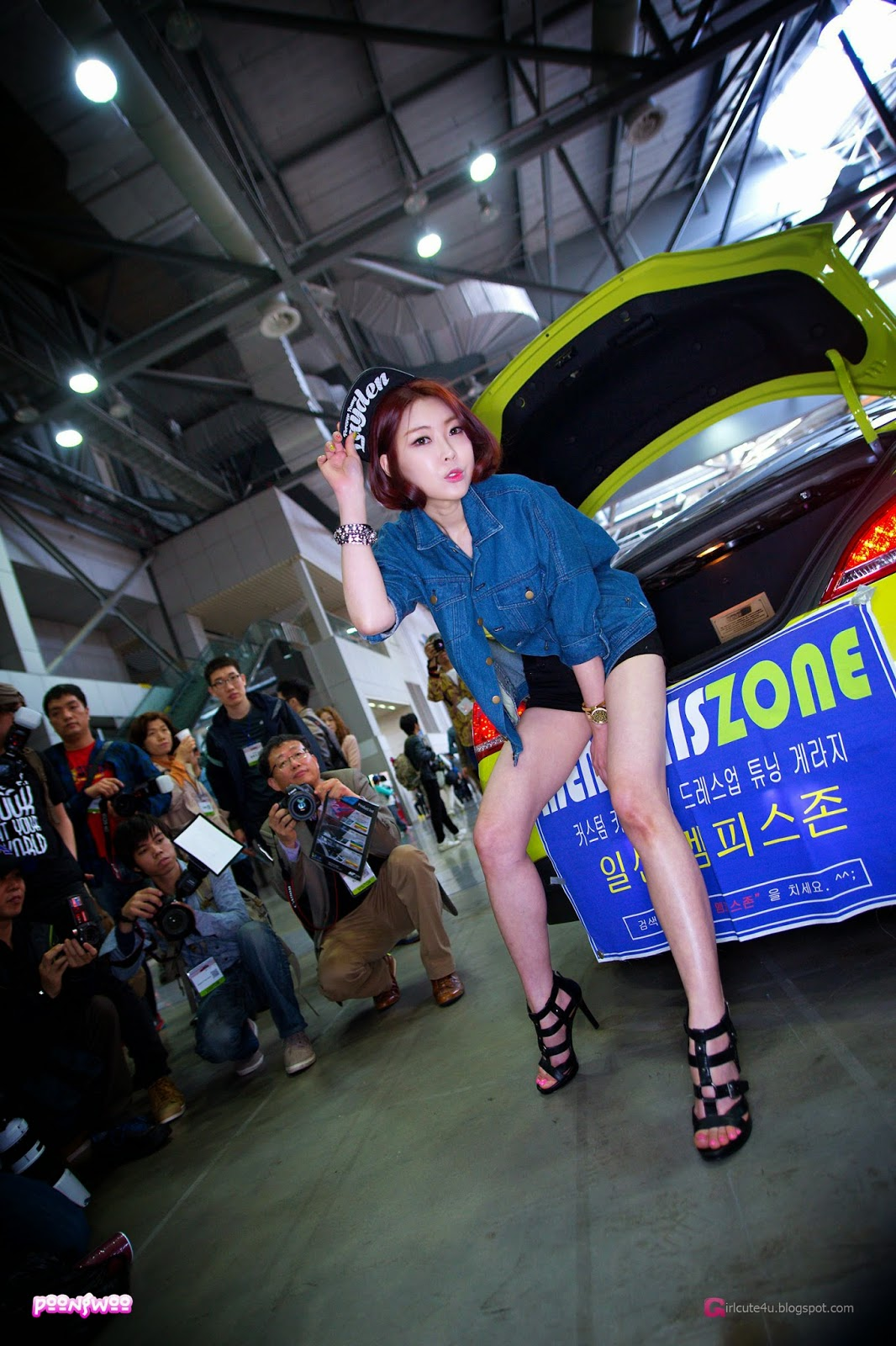 4 Na Young - Automotive Week 2014 - very cute asian girl-girlcute4u.blogspot.com