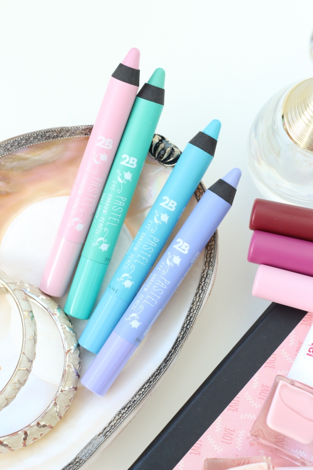 2B Pastel Eye Shadow Pencils