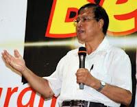 Senator Dr Ariffin Omar