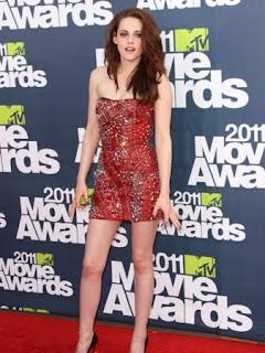 Kristen Stewart in Short Dress, Kristen Stewart Short Dress Pics