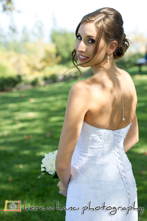The gorgeous bride posing at the Summit House