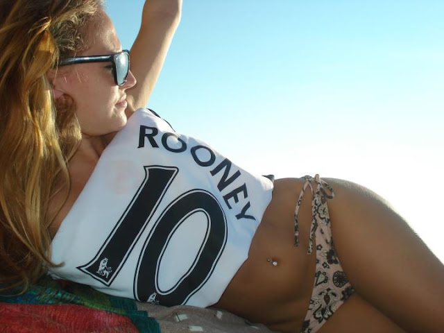 Beach, sun and Manchester United