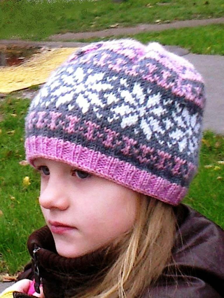 шапка для девочки вязаная норвежский узор розовая