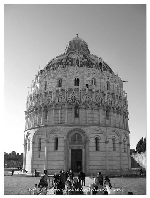 Battistero, Pisa, Italy