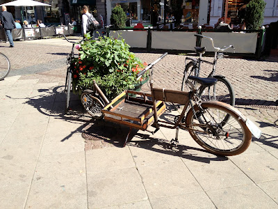 delivery bike with front cargo space