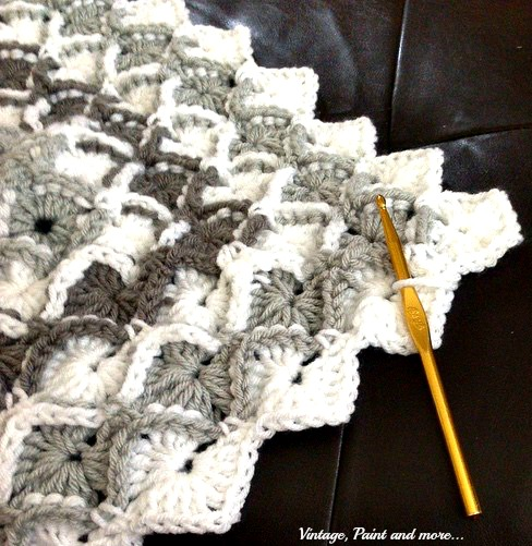 Vintage, Paint and more... double crochet diamond pattern afghan