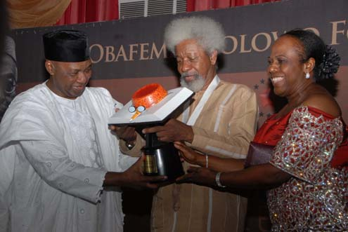 wole soyinka leadership award