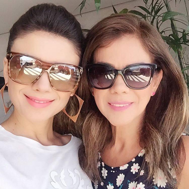 Paula e a Mamãe Dulce