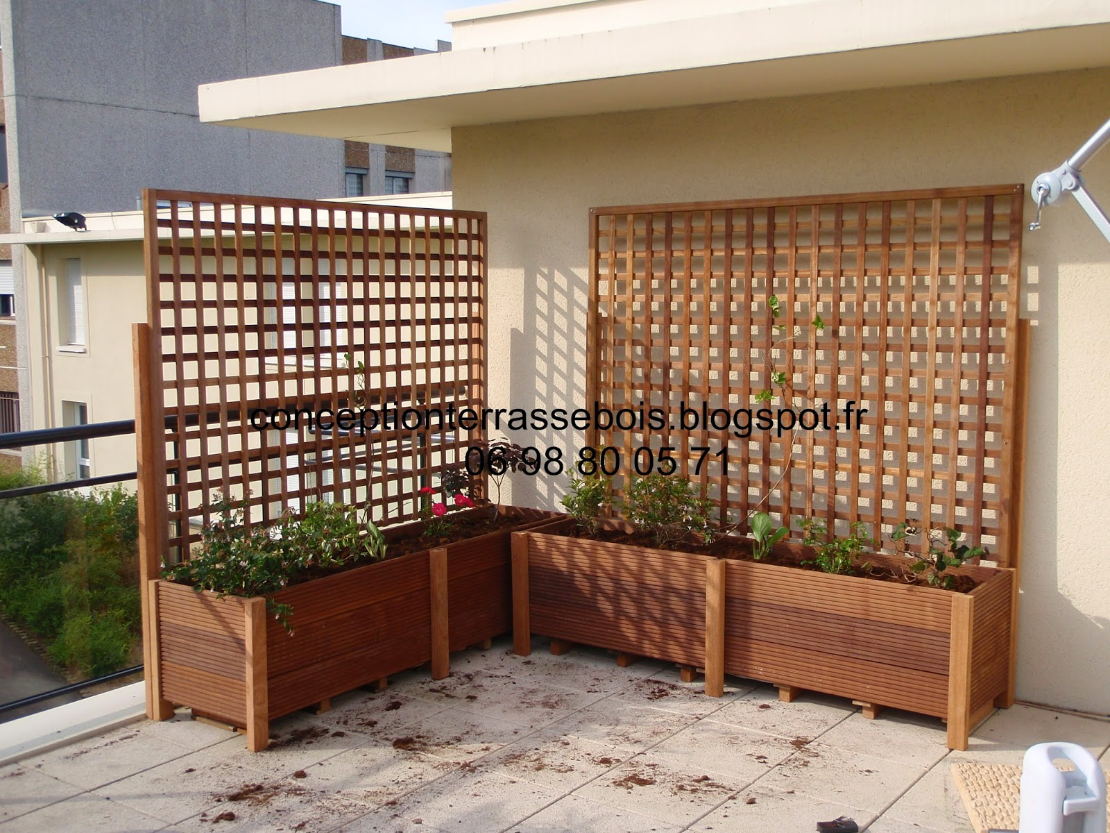 conception d 39 une terrasse en bois am nagement de balcon et terrasse. Black Bedroom Furniture Sets. Home Design Ideas