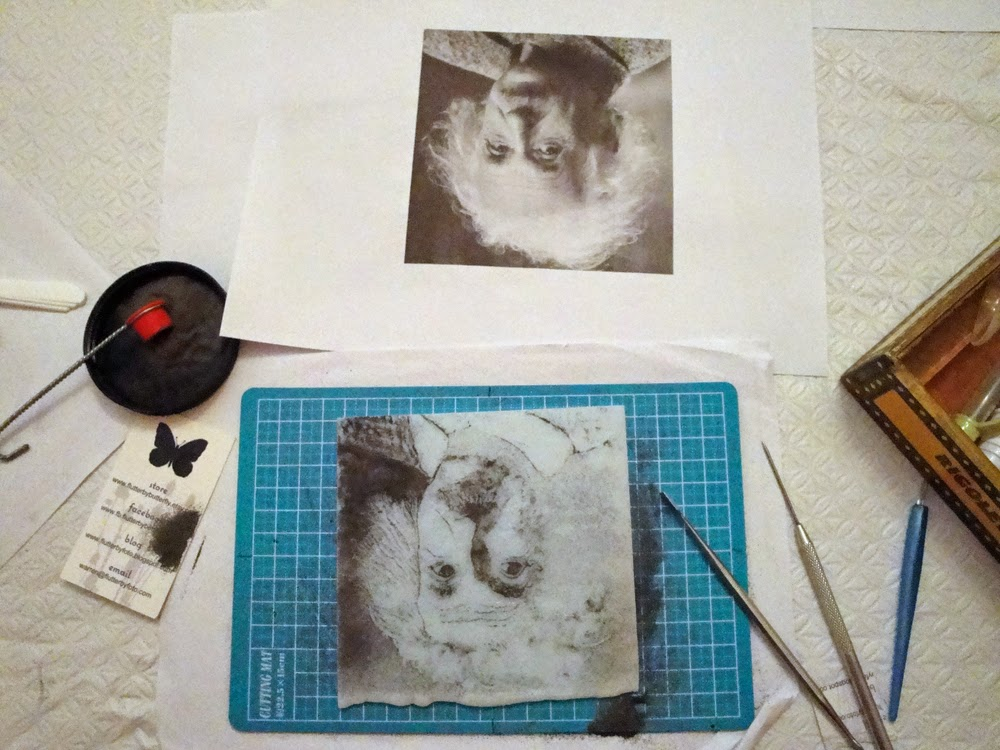 glass powder bullseye sgraffito fused frit painting albert einstein portrait art flutterbybutterfly flutterbyfoto day 27