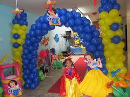 DECORACIÓN CON GLOBOS CON BLANCA NIEVE decoracionesparafiestasinfantiles.blogspot.com/