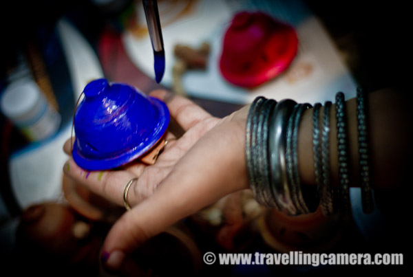 Few months back we had an outing where everyone had to paint the selected item bought from market... All creative minds came together and started working... Apart from creative thoughts, creative hands are also important for executing those... Everyone came up with fantastic products with wonderful colors.... Click on above photograph to see more photographs from this event !!!