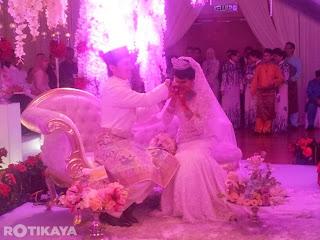 Gambar Majlis Pernikahan Rozita Che Wan Dan Zain Saidin