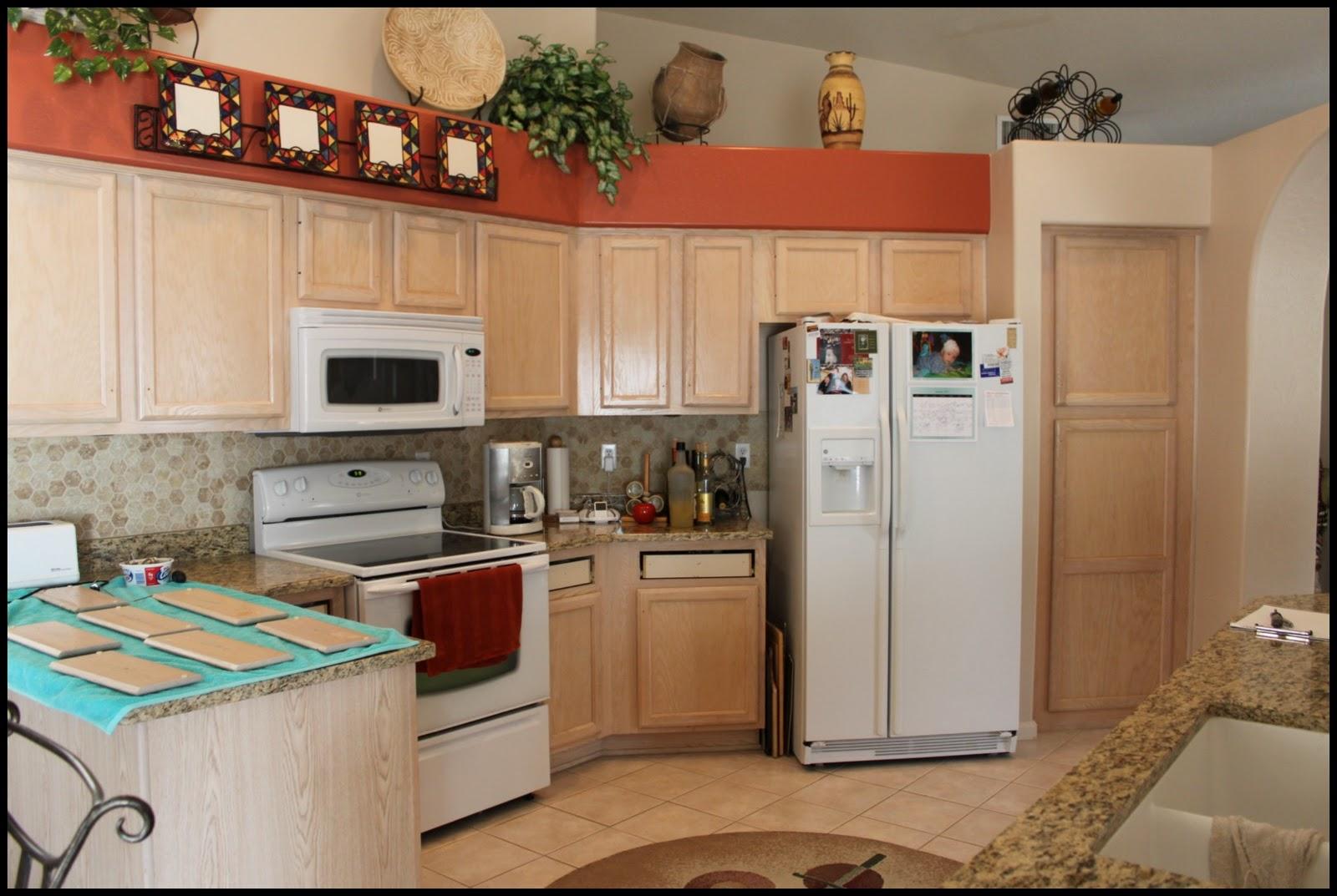 Before and After :: White Kitchen Cabinets