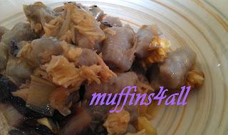 gnocchi di vitelotte con salmone radicchio e noci