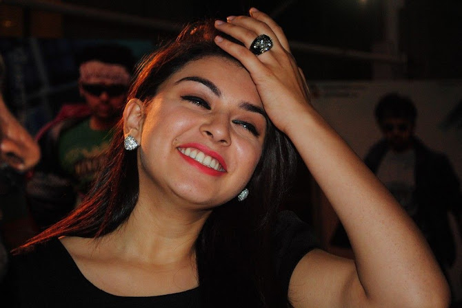 Hansika Motwani Hot Photo 2012 - (3) - Hansika Motwani Hot Photo Gallery
