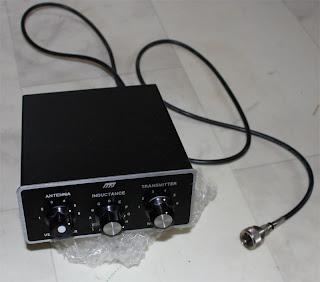MFJ-901B säljes. Bra skick, kosmetiskt finns lite repor och den vänstra knappen saknar det silvriga som finns på dom övriga.