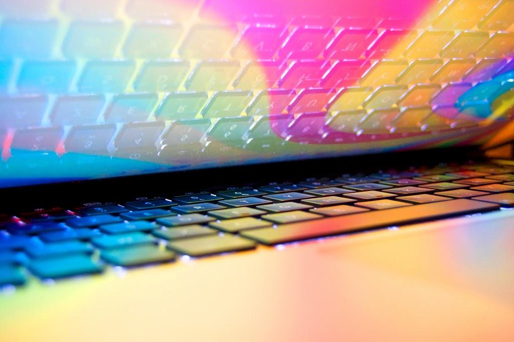 Quentin Meulepas MacBook Colors https://www.flickr.com/photos/kwintin/3473840881
