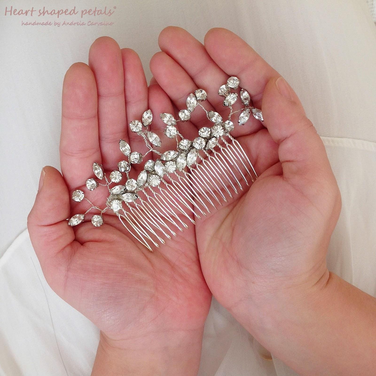 Bridal comb hair accessory