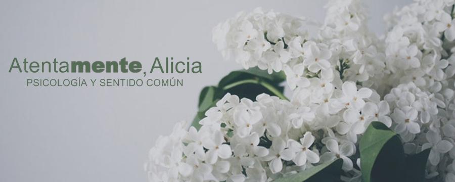 Atentamente, Alicia