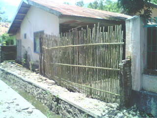 Dihantam Banjir, Tembok Pagar SDN-58 Gindi, Rubuh