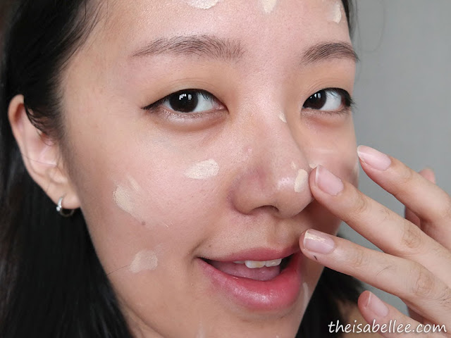 Applying Klairs Illuminating Supple Blemish Cream