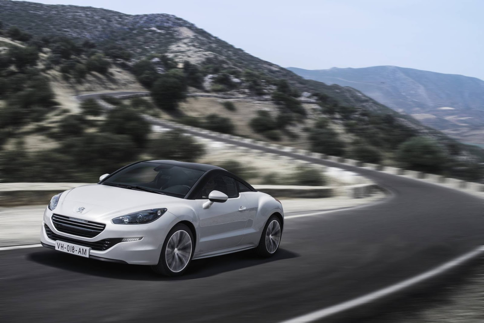 peugeot rcz coupe 2013 hottest car wallpapers bestgarage. Black Bedroom Furniture Sets. Home Design Ideas