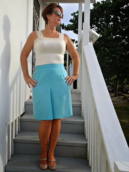http://so-sew-easy.com/wear-everywhere-skirt-pattern/