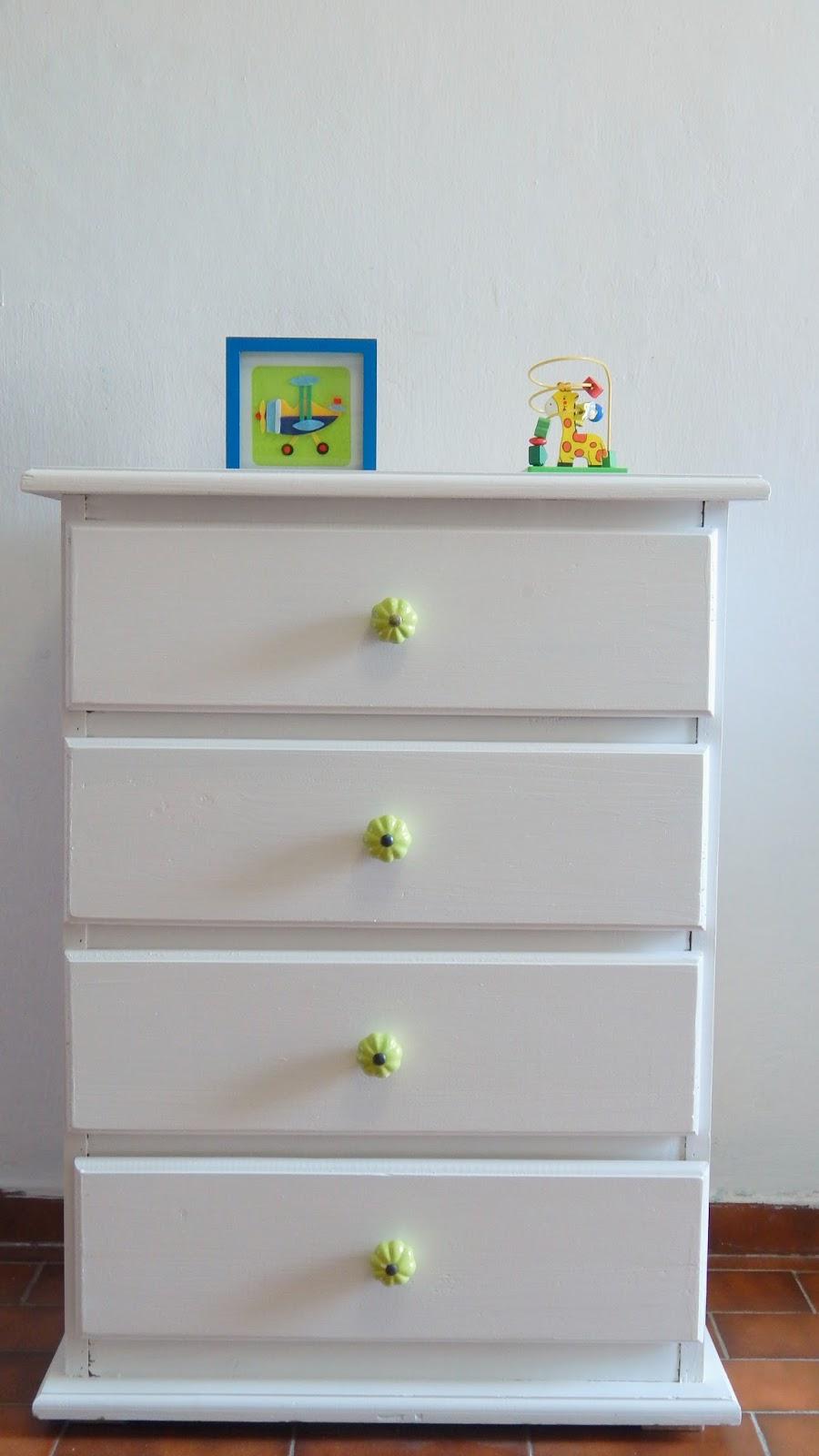 Muebles Pintados En Blanco. Cheap Deco Ideas Muebles Recuperados ...