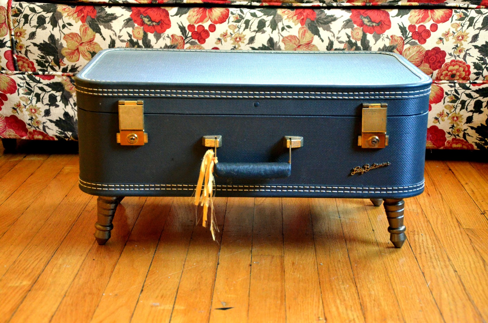 hello there handmade banner how to vintage suitcase
