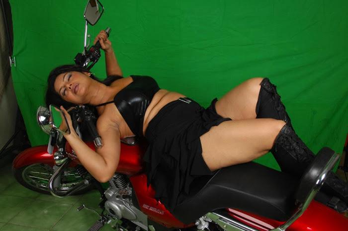swathi varma milky in shoot actress pics