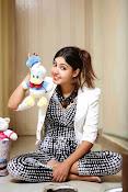 Komal Jha Glamorous Portfolio Stills-thumbnail-13