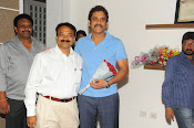 Nagarjuna Birthday Celebrations Photos Stills-thumbnail-14