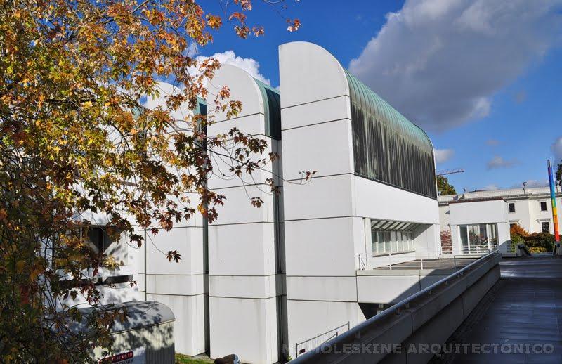 Mi moleskine arquitect nico walter gropius archivo for Bauhaus berlin edificio