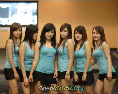 Wanita Panti Pijat