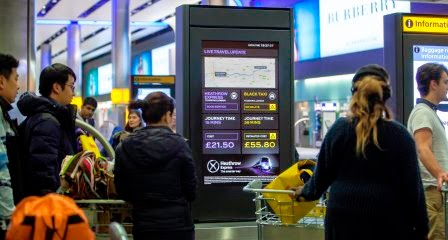 heathrow-express - smart screens