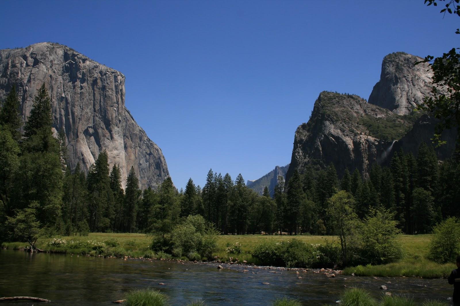 http://2.bp.blogspot.com/-a-w6YRgN-dE/UNaQZfzqZWI/AAAAAAAAOZw/Vm0OQB2YYaw/s1600/Yosemite+valley,+California,+USA.+18.JPG