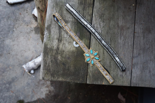 Sparkly Head Accessories, Simple Chic, Port Carling Ontario, Wood Table, Birch, Shopping in Muskoka