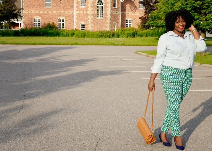Plus size Style inspiration: printed pants + Chambray shirt+ zara lunch bag