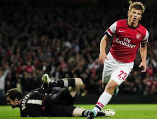 arshavin-arsenal-vs-coventry