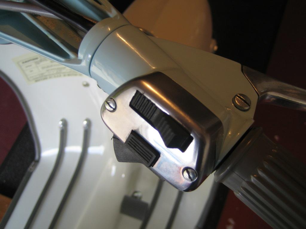 lambretta restoration adding lights switch headset wiring horn wiring rh lambrettarestorations blogspot com