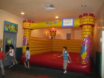 bouncy castles kl